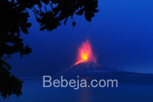 letusan-anak-gunung-krakatau