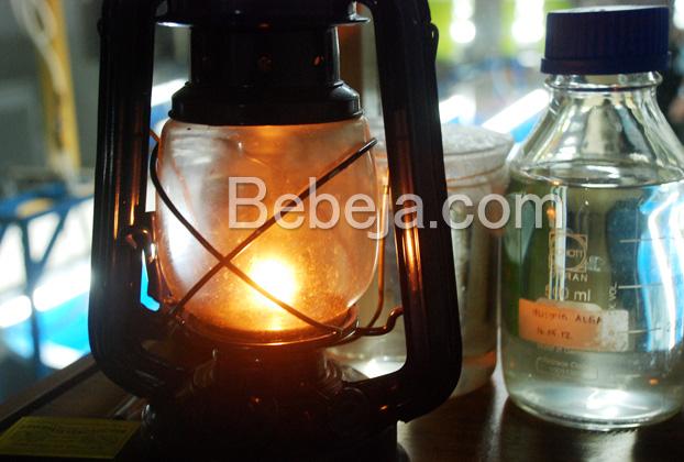 lampu-kabut-memakai-minyak-bioenergi